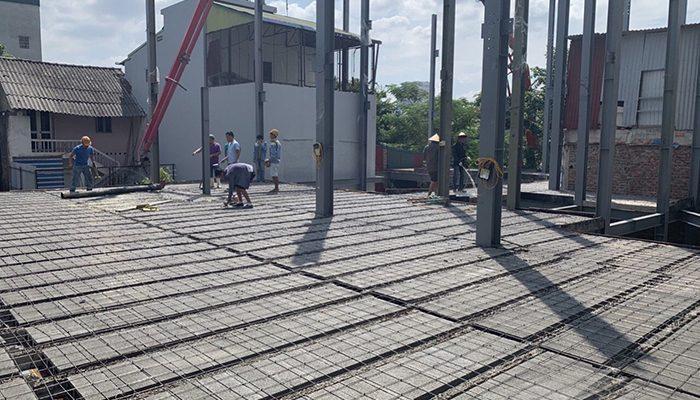 Sử dụng vật liệu sàn bê tông nhẹ chống nóng, chống ẩm thay thế các loại cốt thép truyền thống